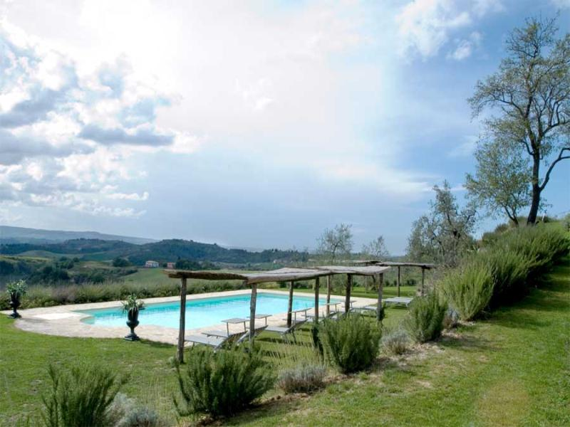Villa Olivo - Lavanda - Image 1 - Lucardo - rentals