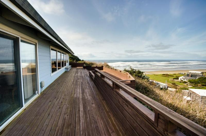 Bright home w/ sweeping ocean & lake views, nearby beach access! - Image 1 - Cape Meares - rentals