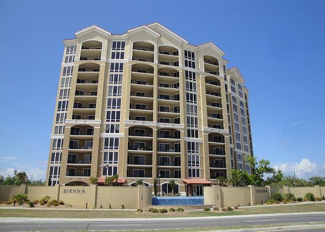 Fabulous, Large 3-Bedroom / 2-Bath Condo at Sienna - Image 1 - Gulfport - rentals