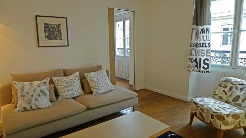 The living room - 916 One bedroom   Paris Saint Germain des Pres district - Paris - rentals