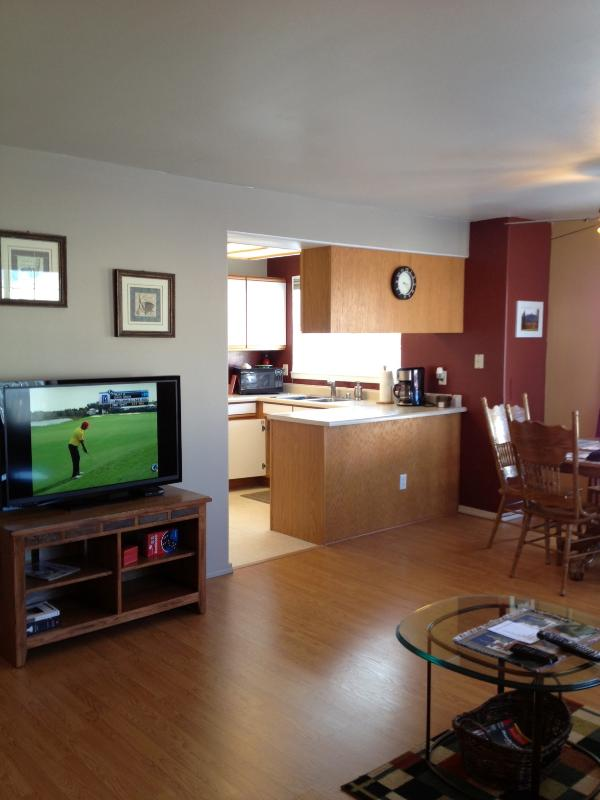 Living Room and Kitchen - Happy Trails Too Vacation Condo - Bozeman - rentals
