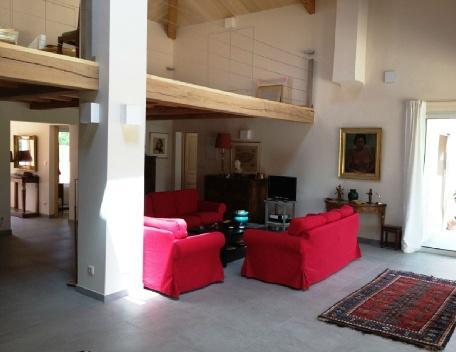Holiday rental Villas Beaurecueil (Bouches-du-Rhône), 280 m², 3 900 € - Image 1 - Beaurecueil - rentals