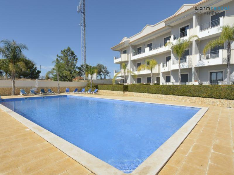 Pool  - Farnell Red Apartment - Olhos de Agua - rentals