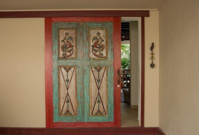 Entrance, hand carved panel door - Rumah 88, Seminyak - Seminyak - rentals