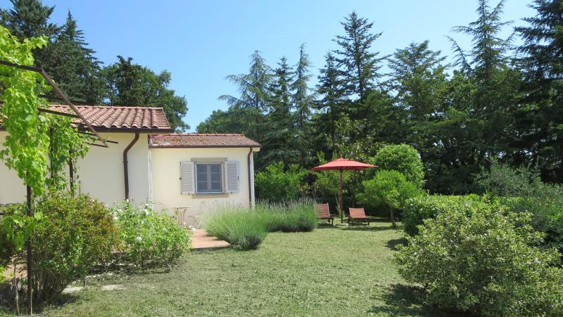 La Ginestra front yard - Beautiful Tuscan Independent Cottage With Views - San Casciano dei Bagni - rentals