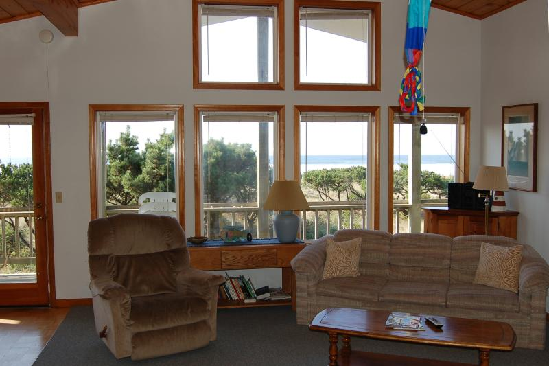 Jeske's Beach House ~ Ocean Front ~ Sleeps 14 - Image 1 - Rockaway Beach - rentals