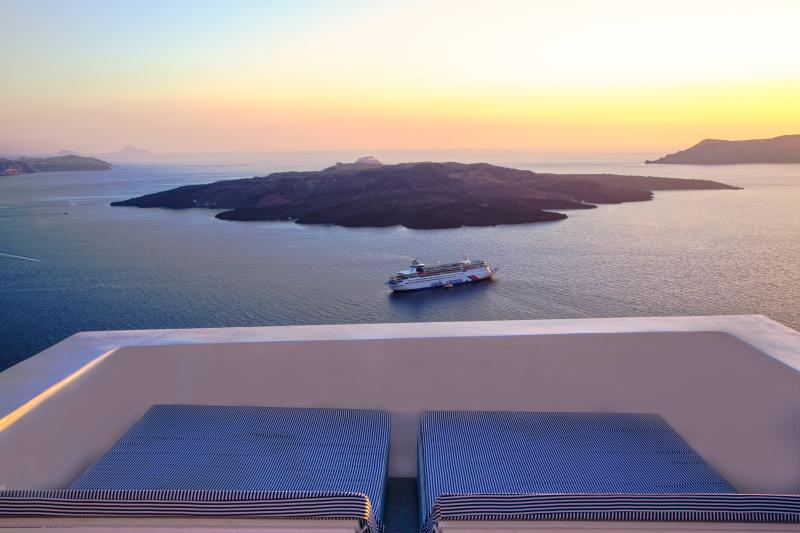 Volcano view - Private villa with views of the caldera and pool - Fira - rentals