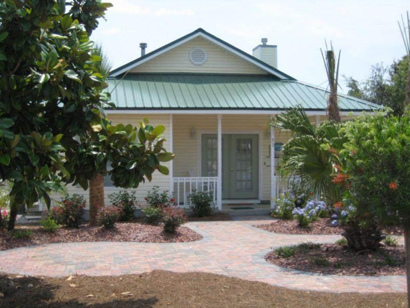 Bahama Breeze Cottage - Image 1 - Destin - rentals