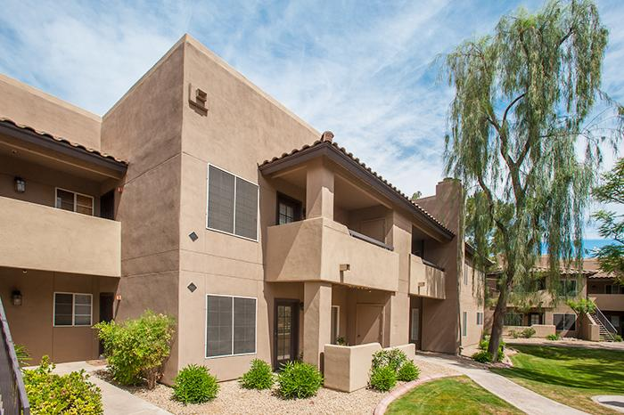Experience the best of The Valley here! - Modern & Elegant 1BR Condo in Beautiful North Scottsdale - The Heart of the Phoenix Metro Area - Scottsdale - rentals