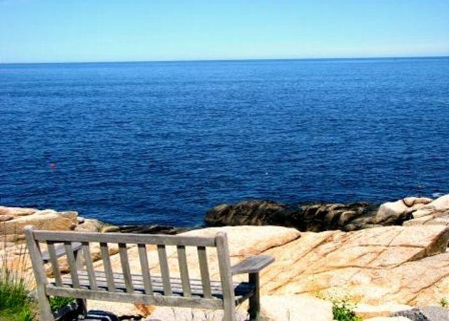 Enjoy the view! - Pigeon Cove: Waterfront views & unparalleled sunrises - Rockport - rentals
