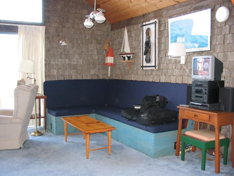 living room seating area - Jack's Cottage - Maine - rentals