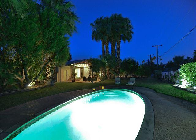 Ruth Hardy Park Oasis~ SPECIAL TAKE 20% OFF ANY 5NT STAY IN APRIL - Image 1 - Palm Springs - rentals
