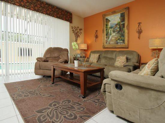 3 Bedroom 3 Bathroom Townhome In Windsor Hills Resort. 7684SKC - Image 1 - Orlando - rentals