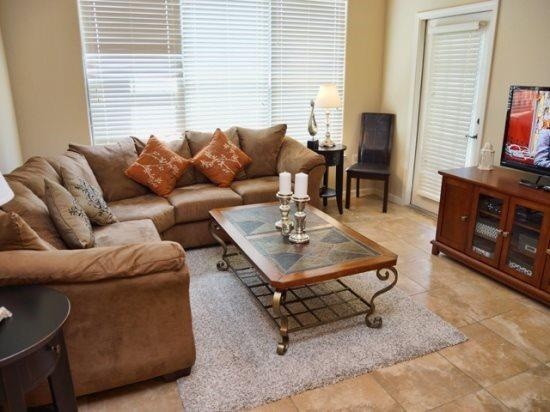 3 Bed 3 Bath Condo in Bella Piazza Resort. 904CP-537 - Image 1 - Kissimmee - rentals