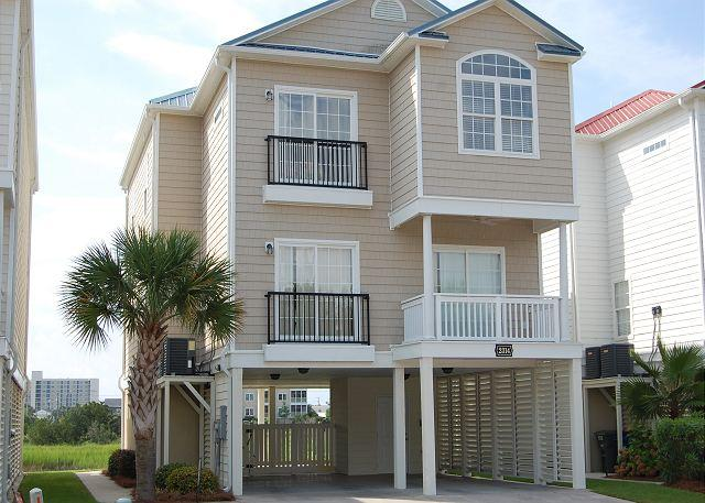 House - 5 bedroom, 4 bath, private house w/private pool, sleeps 14 - North Myrtle Beach - rentals