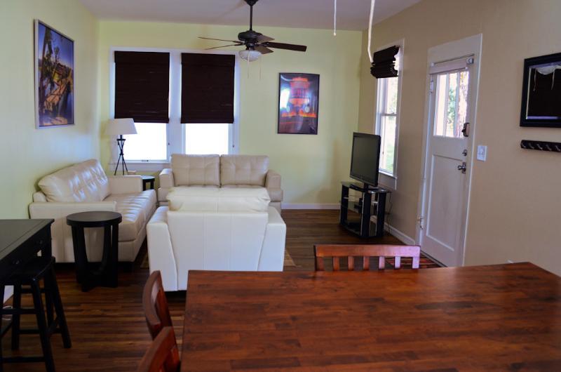 The Delight 3/2 - Image 1 - Austin - rentals