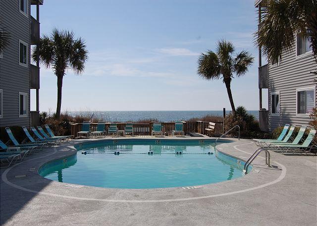 Outdoor Pool Overlooking the Ocean - 2bd/2ba ocean view condo in an oceanfront, three story building - North Myrtle Beach - rentals
