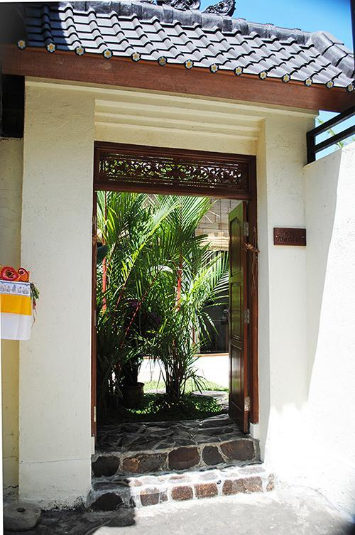 Come in and stay a while. You'll love it. - Villa Anggrek - private, secure and beautiful. - Ubud - rentals