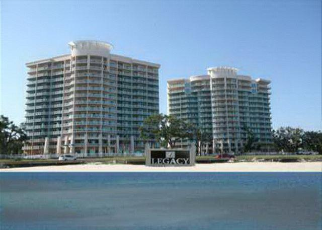 Beautiful 3 Bedroom / 3 Bath Condo at Legacy Towers - Image 1 - Gulfport - rentals