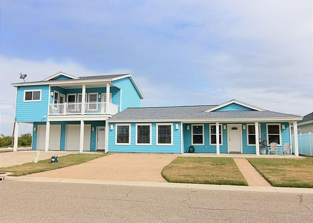 Welcome to Sandy Lane - 5 bedroom 5 bath home, HOTTUB, and close to the beach! - Port Aransas - rentals