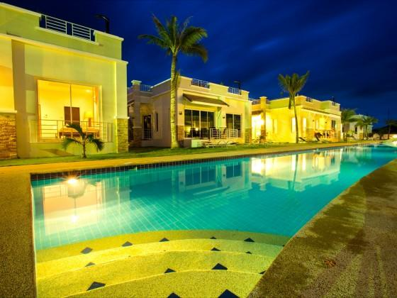 Executive Villa with pool & rooftop jacuzzi - Image 1 - Thailand - rentals