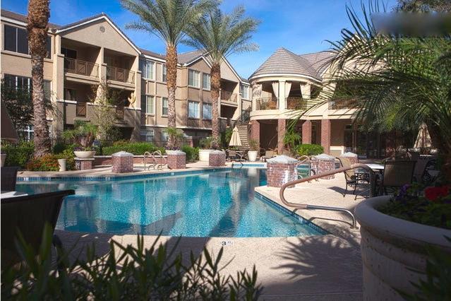 Overlooking Main Pool, Palm Trees & Hummingbirds - Image 1 - Phoenix - rentals