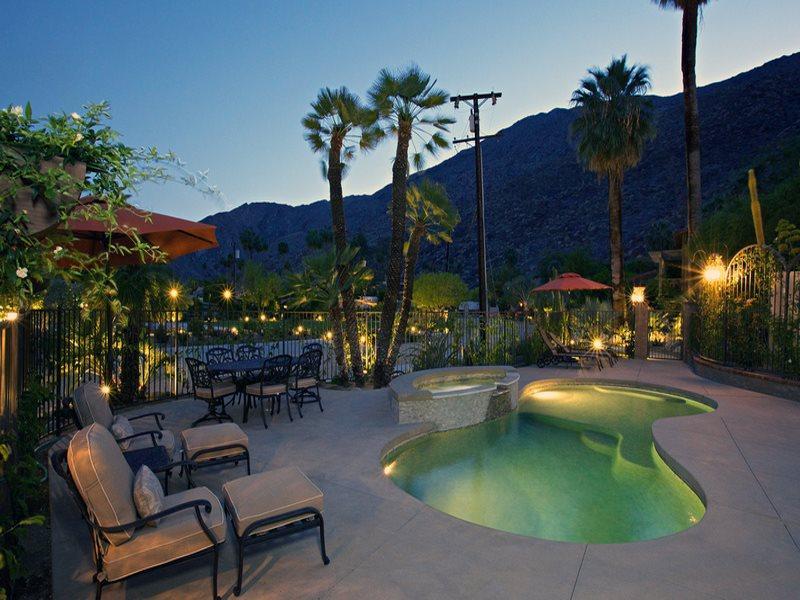 Street of Spain Saltwater Pool  Spa at Night - Colony 29 Resort-5 Bedroom Street of Spain Grouping - Palm Springs - rentals