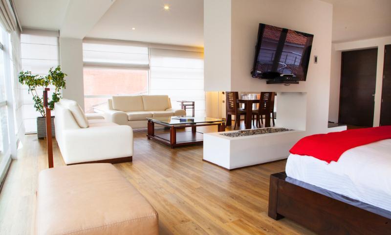 Vibrant Studio in Parque 93 - Image 1 - Bogota - rentals
