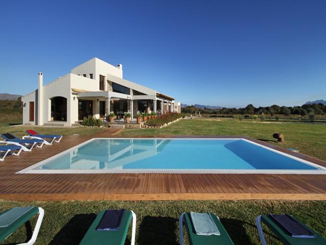 5 bedroom Villa in Alcudia, Mallorca : ref 3317 - Image 1 - Alcudia - rentals