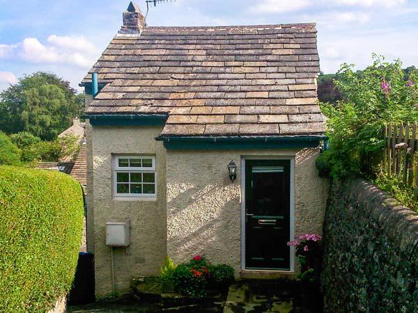 FOXGLOVE COTTAGE, romantic cottage, woodburner, mezzanine sitting area, in Calver, Ref. 28963 - Image 1 - Calver - rentals
