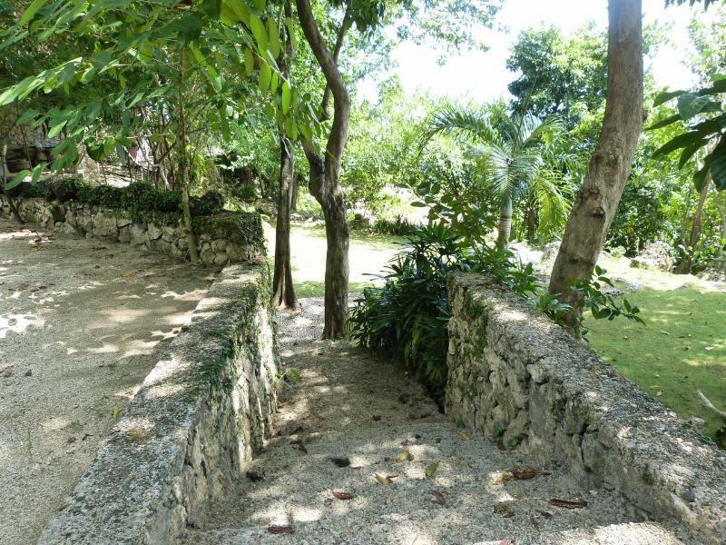 Entrance - La Maison Catmon - Calumboyan - rentals