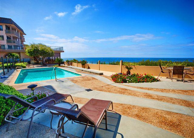 Oceans Edge is an Ocean front condo in beautiful Solana Beach. - Spacious ocean front condo with breathtaking white water views - Solana Beach - rentals