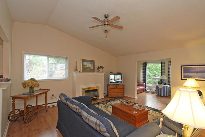 A Bayfield Charmer cottage (#885) - Image 1 - Bayfield - rentals