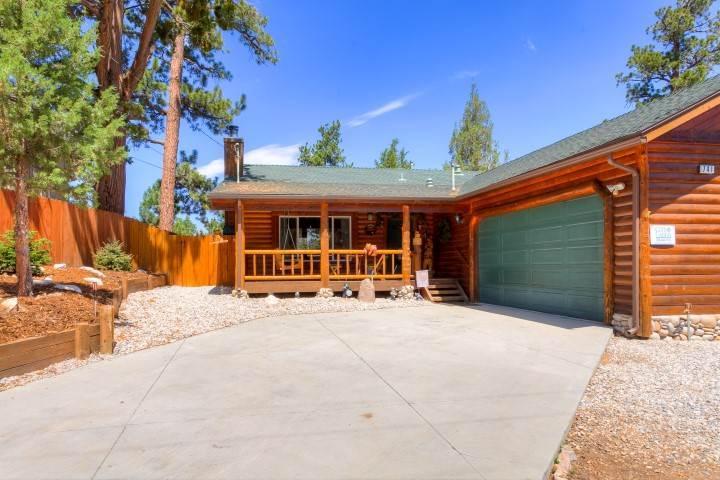 Yogi Bear's Den - Image 1 - Big Bear Area - rentals