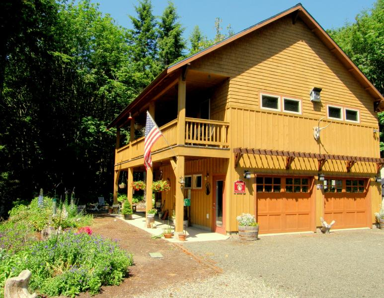 Chimacum Ridge Lodge - Chimacum Ridge Lodge - Olympic Mountains Views - Port Townsend - rentals