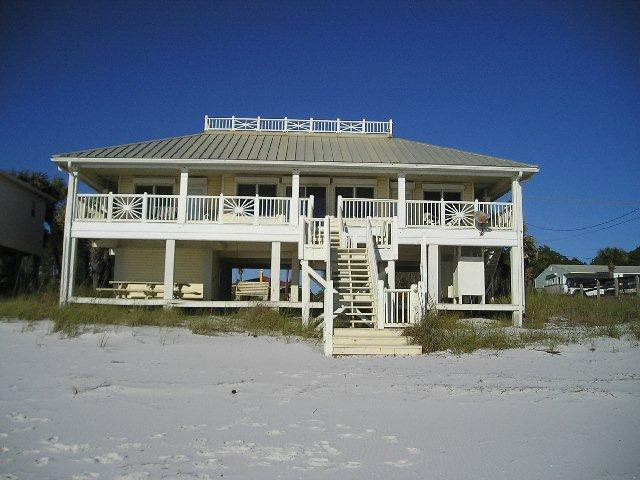 GULF FRONT VACATION HOME IN MEXICO BEACH, FLORIDA - Image 1 - Mexico Beach - rentals