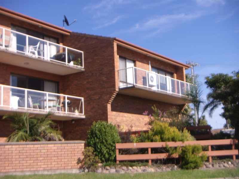 Village Apartment 1 - Image 1 - Merimbula - rentals