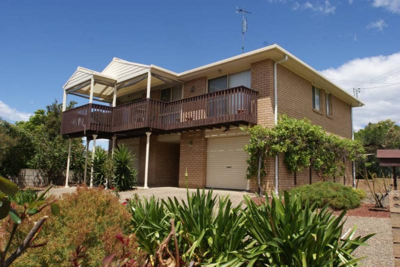 1A Calton Road, Batehaven - Image 1 - Batehaven - rentals