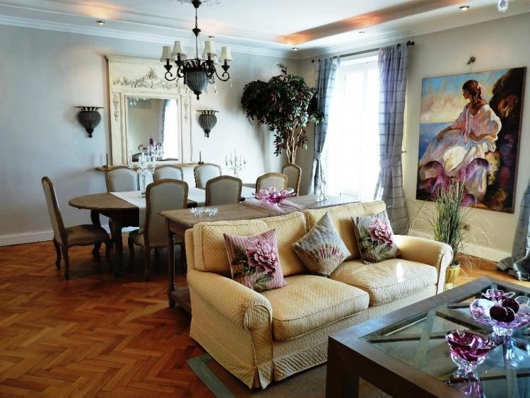 St Charles- Charming 2 Bedroom Cannes Apartment - Image 1 - Cannes - rentals