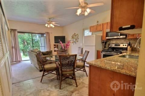 Spacious living area and remodeled kitchen with granite counter tops - Pohailani 2 bedroom / 1 bath - Unit 148! - Lahaina - rentals