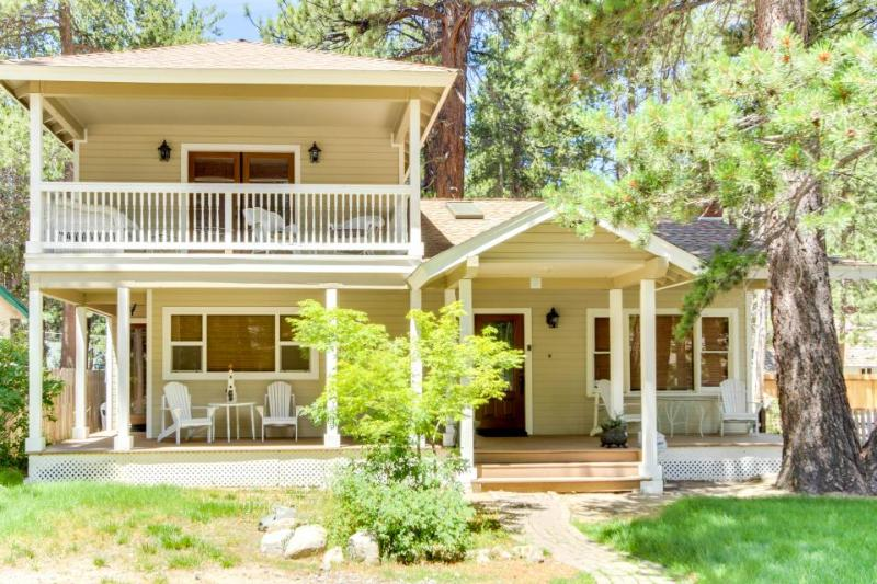 Spacious home w/ a veranda & balcony, just a short drive from Heavenly! - Image 1 - South Lake Tahoe - rentals