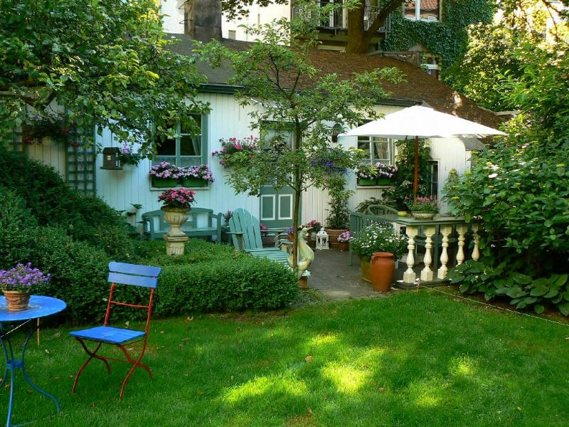Vacation Apartment in Winterhude - 538 sqft, central, quiet, beautiful (# 3917) #3917 - Vacation Apartment in Winterhude - 538 sqft, central, quiet, beautiful (# 3917) - Hamburg - rentals