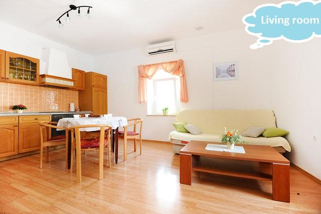 "spacious living room with kitchen and dining area - ""RISA""- Lovely apartment in the city center - Sibenik - rentals"