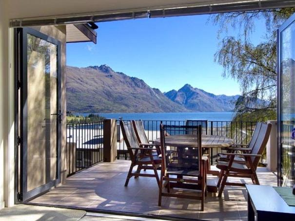 Central Queenstown Beauty - Image 1 - Queenstown - rentals