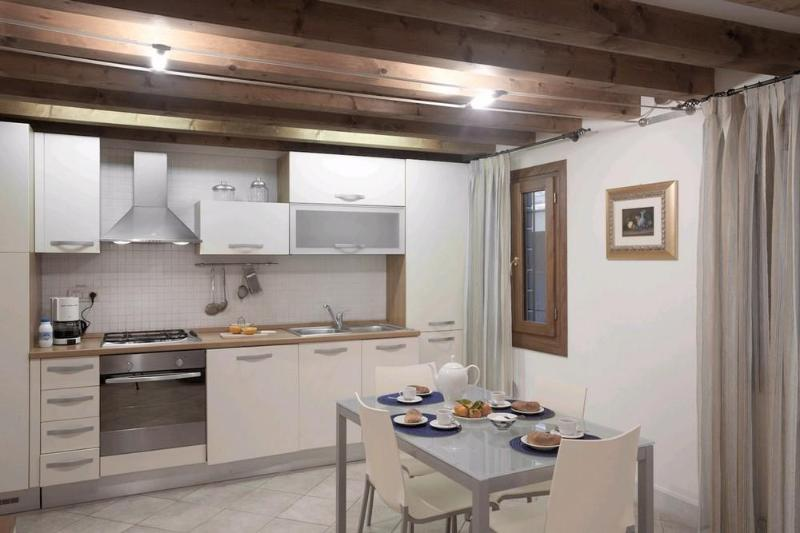 Nice apartment with private yard in Santa Croce - Image 1 - Venice - rentals