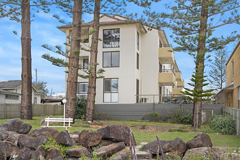 9/1281 Gold Coast Highway Palm Beach - Image 1 - Palm Beach - rentals