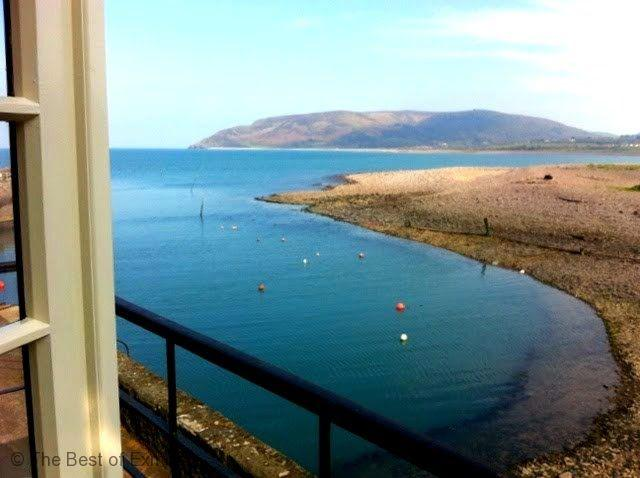 Harbour House Apartment, Porlock Weir - Delightful apartment overlooking the harbour - sleeps 4 in 2 bedrooms - Image 1 - Porlock Weir - rentals