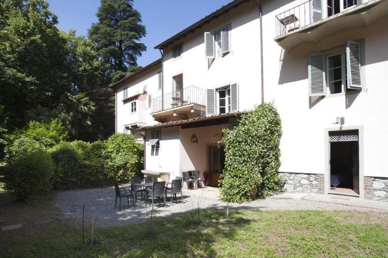Charming&big apt in beautiful property near Lucca - Image 1 - Bagni Di Lucca - rentals