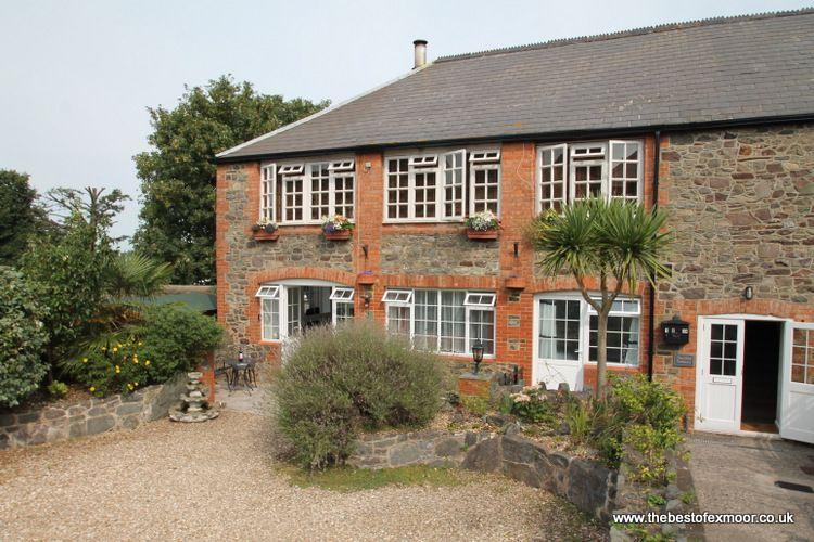 Old Tannery Apartment, Porlock - Exmoor National Park - sleeps 4 - Image 1 - Porlock - rentals