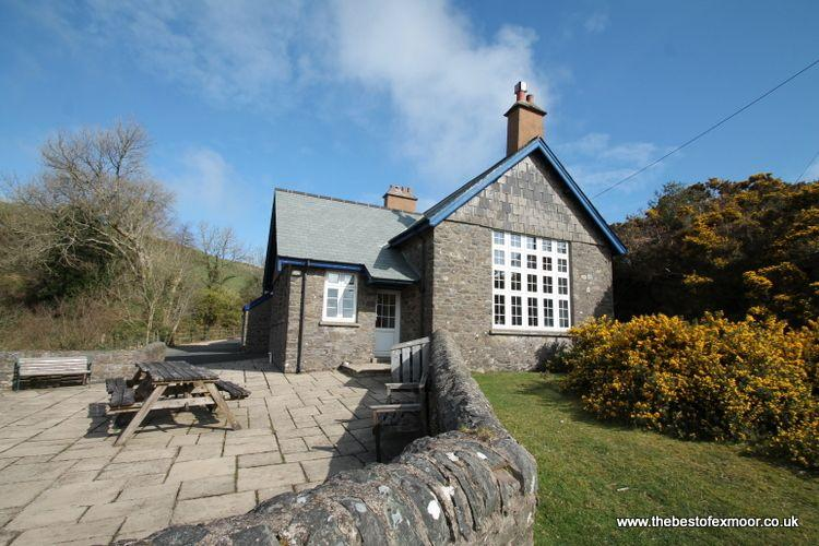 The School House, Countisbury - Spacious Victorian cottage in a stunning spot on Exmoor - Image 1 - Brendon - rentals